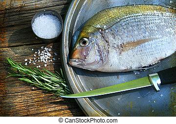 attrapé, cuisine poissons, fraîchement, plat