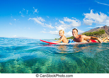 atya fiú, szörfözás