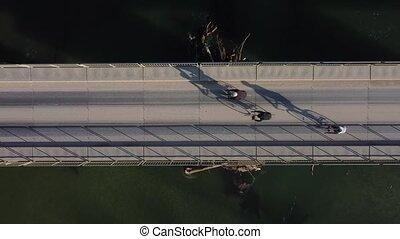 au-dessus, trois, cyclistes, vue, cavalcade, travers, pont