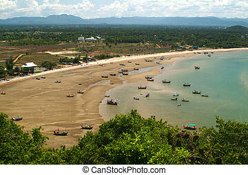 Auan Noi beach,Middle of Thailand.