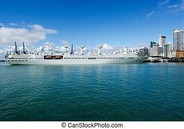Chinese navy ship - AUCKLAND,NZ - May 26:The Yuan Wang 6...