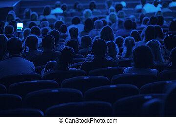audiência, em, a, cinema., silhouette.