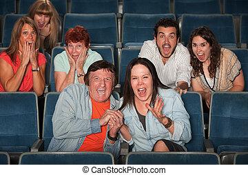 audiencja, przestraszony