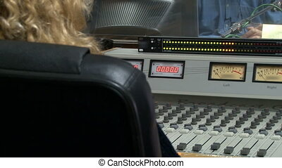 audio control on the radio station