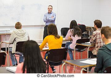 aufmerksam, studenten, mit, lehrer, in, der, klassenzimmer