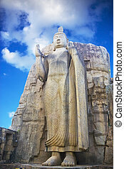 Aukana Buddha, Sri Lanka - Image of Aukana Budha, the ...