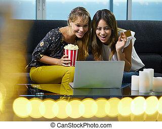 auktion, laptop persondator, budgivning, direkt, kvinnor