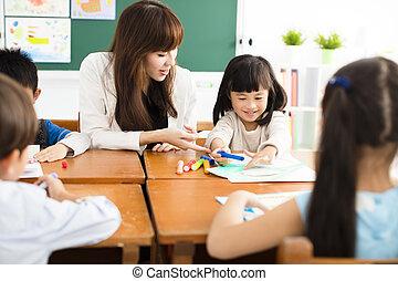 aula, dibujo, niños, profesor
