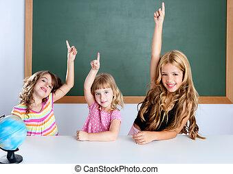 aula, intelligente, ragazze, mano, bambini, studente, innalzamento
