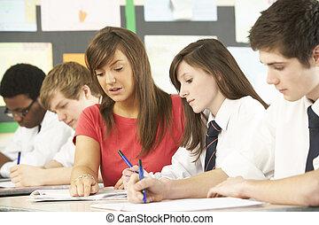 aula, studenti, adolescente, insegnante, studiare