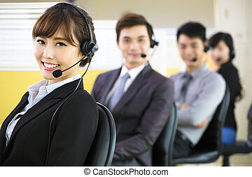 auriculares, oficina de trabajo, gente, joven, empresa / negocio