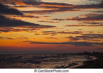 aurora colorita, sopra, mare