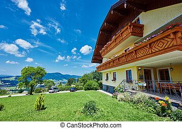 austríaco, casa convidado, em, montanhas, perto, mondsee, lago