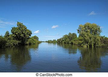 Australia, Northern Territory - Yellow Water in Northern ...