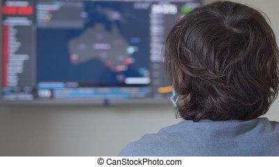 australie, nombres, virus, données, terrifié, où, regarder, jeunes, il, infected, porter, shown., écran, covid-19, masque, figure, homme médical