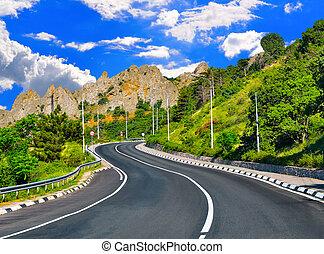 autóút, a hegyekben