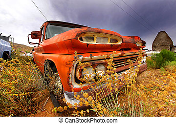 autó, öreg, elhagyatott