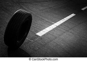 autó, autógumi, út