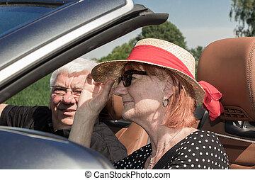 autó, boldog, két, öregedő emberek