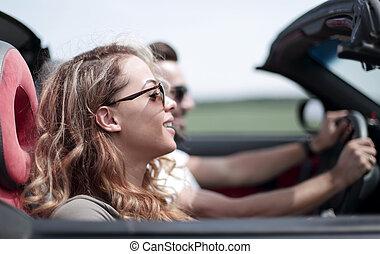 autó, -eik, up.couple, utazó, becsuk, átváltható