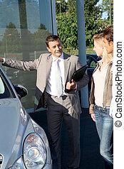 autó, eladó, kiállítás, jármű, fordíts, párosít, közül, purchasers