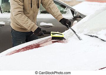 autó, ember, closeup, hó, takarítás
