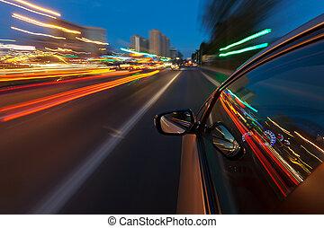 autó, kocsikázás gyorsan, alatt, a, éjszaka, város