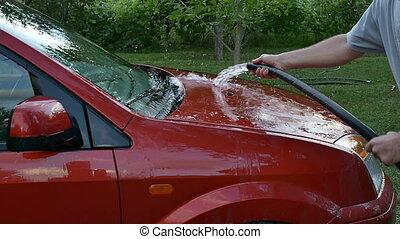 autó megmosakszik, piros, kéz