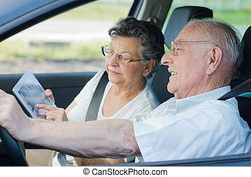 autó, senior összekapcsol