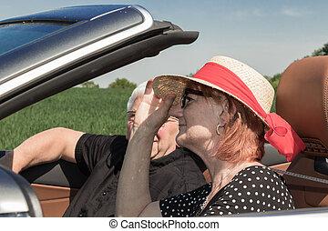 autó, senior woman, partner