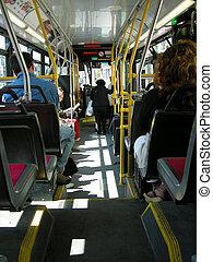 autóbusz, átjárás, város