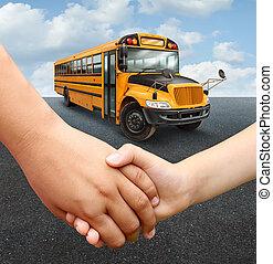 autóbusz, iskolások