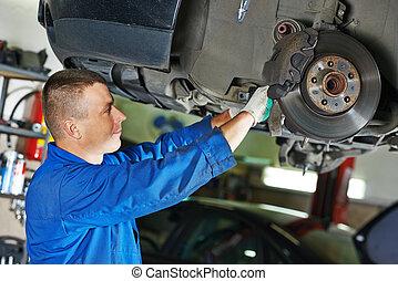 autószerelő, -ban, autó, felfüggesztés, megjavítás