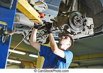 autószerelő, dolgozó