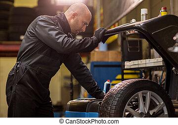 autószerelő, kiegyensúlyozott, autó tol, -ban, műhely
