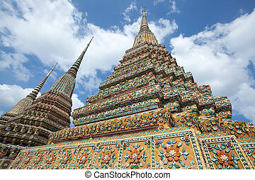 Authentic Thai Architecture in Wat Pho, Bangkok