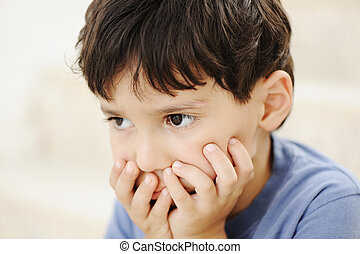 autism, niño, mirar, lejos, sin, interesante
