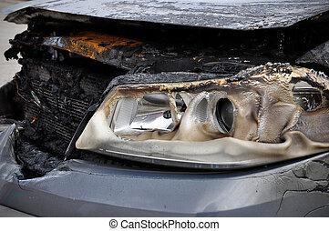 auto, aangebrand