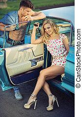 auto, blonde , zittende , bevallig, vrouw