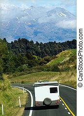 auto-camper, in beweging
