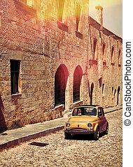 auto di dimensioni compatte, berlina compatta, strada, medievale, italiano