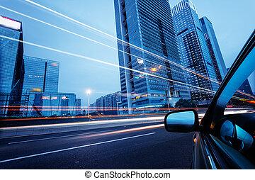 auto, durch, der, stadtzentrum