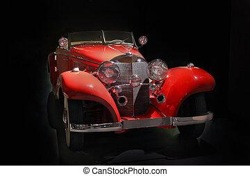 auto, oud, zwarte achtergrond