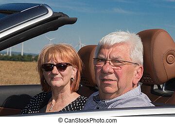 auto, paar, sport, älter, lächeln glücklich