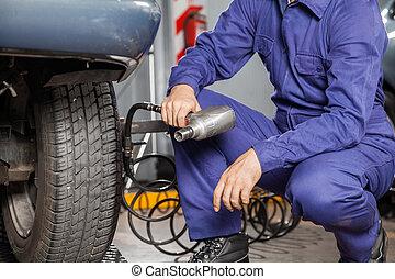 auto, pneumatisch, moersleutel, werktuigkundige, vasthouden
