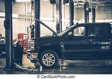 Auto Service Interior - Large Auto Service Warehouse...