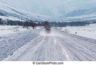 auto, straat, besneeuwd