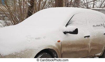 auto, unter, schnee, in, schlechtes wetter, der, winter