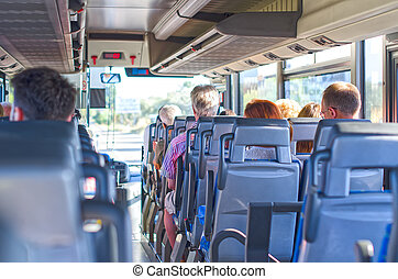 autobús, dentro, passengers., vista
