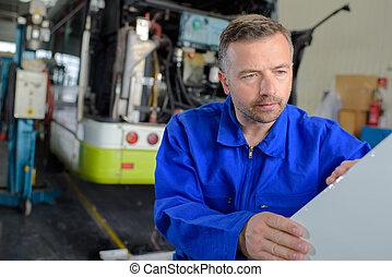 autobus, dépôt, mécanicien